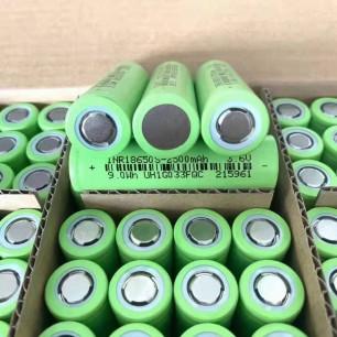 Аккумулятор INR18650, 2500 mAh, 3.65 V, сопротивление 17-20 мОм, дата производства: 25.02.2021